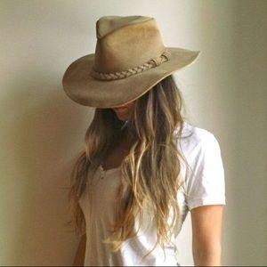 Minnetonka Suede Boho Chic Hat